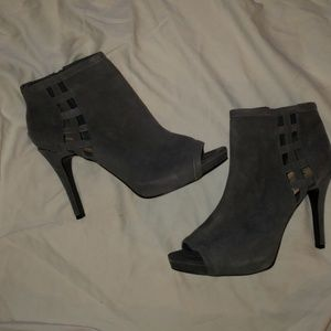 "Nine West Gray Suede ""The Moment"" Booties Sz 11M"